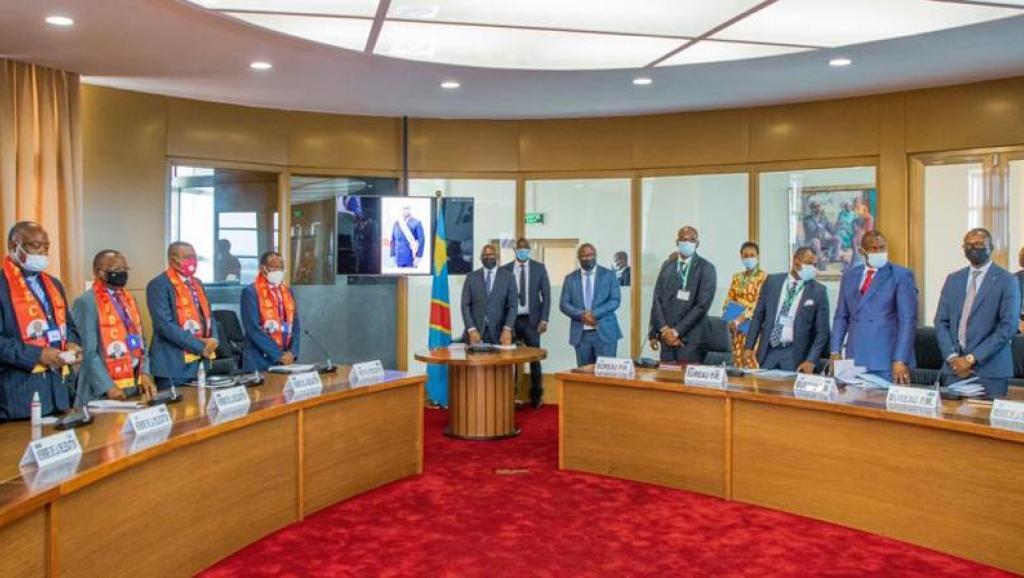 La délégation de l'AFDC-A et le premier ministre Sama Lukonde. Ph. Droits tiers.